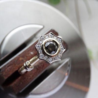 vintage model verlovingsring met diamanten