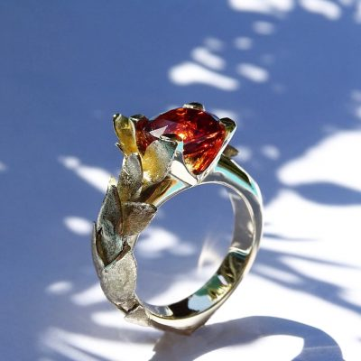Gouden ring met spessartien granaat